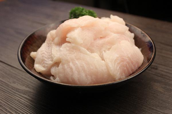 来新辣道鱼火锅享受大口吃鱼的快感,随心配专属于你的口味