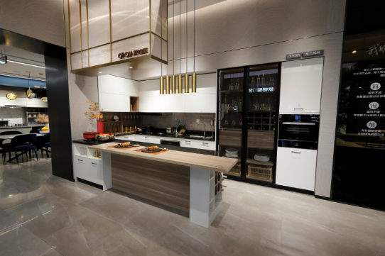开放式厨房就得这样设计 颜值在线敞亮有范儿